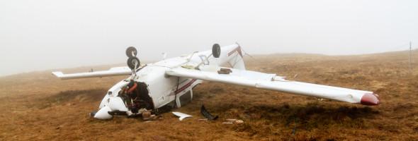 rozbite-spadle-male-letadlo