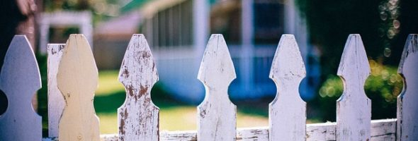 picket-fences-ea31b80829_640
